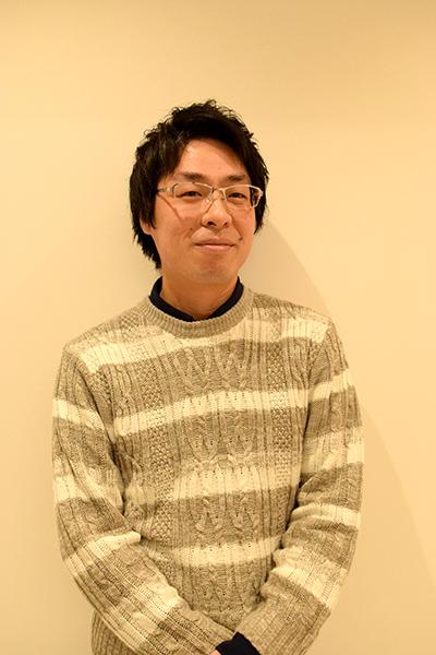 村井コウ平