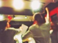 忘年会・新年会シーズン!盛り上がるカラオケ曲【2019-2020年】|ボイストレーニングVOAT